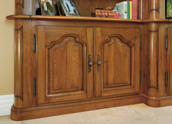 Detail French bookcase