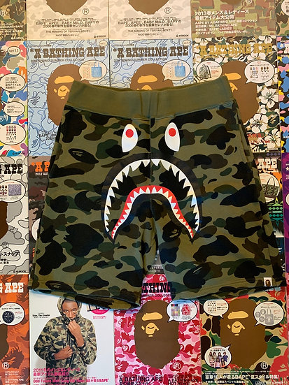 BAPE GREEN CAMO SHARK SHORTS