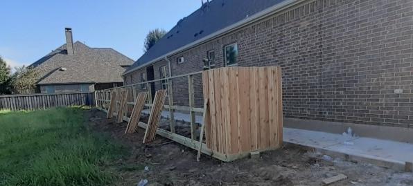 """<img src=Katy fences.png"""" alt=""""a privacy cedar fence in Sugar Land"""">"""