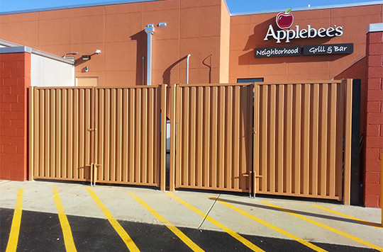 We provide our commercial clients in the greater Houston area with the best fencing solutions to keep their property, tenants, and customers protected while exceeding all building codes. Our amenities and materials are intended to increase usability, functionality, and overall protection of property. No matter the size and duration of the project, our team will be there every step of the way.  EHE aims to deliver our clients the most durable fence for years to come. When you need a reliable, knowledgeable, and skilled fence contractor for your fence project in Fort Bend county you can rely on EHE to get the job done.