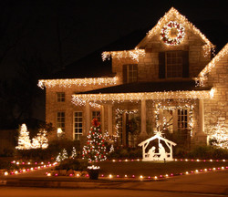"""<img src=""""holiday lights.png"""" alt=""""white icicle holiday lights """">"""