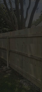 """<img src=""""woodfence.png"""" alt=""""wooden fence being installed in Katy"""">"""