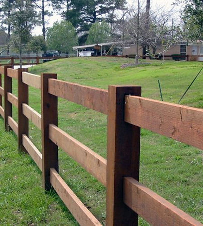 "<img src=""splitrailfence.jpg"" alt=""building a wood split rail fence in Missouri City"">"