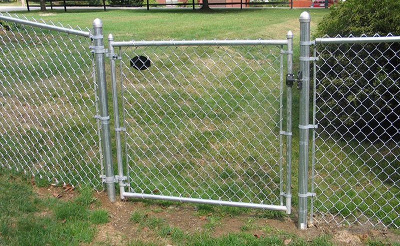 """<img src=""""chain link.png"""" alt=""""installing chain link gate Houston"""">"""