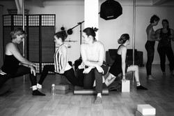 stretch assouplissements empowerment pole dance studio rueil 92 hauts de seine paris