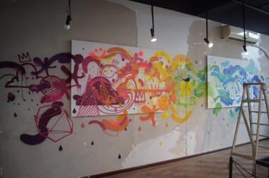 produção aberta do grafite do Pax na Galeria