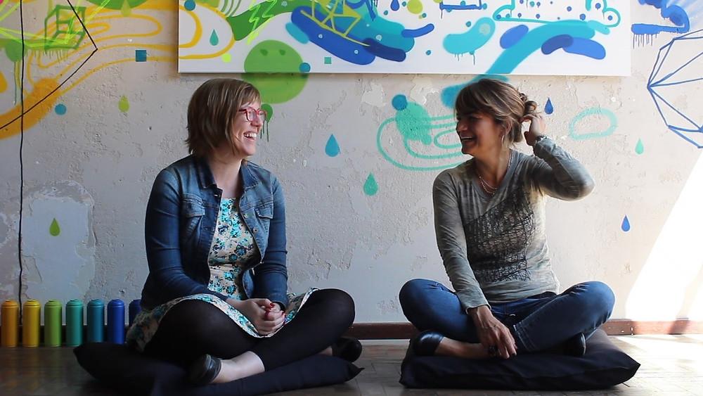 gestoras da Galeria Experimental Bianca Ruskowski e Stefanie Moreira. Foto: Lisandra Steffen
