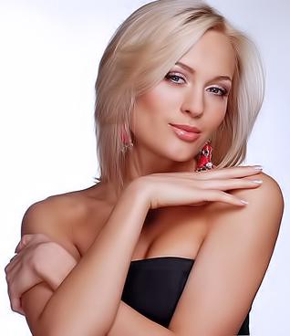 Аня Шаркунова