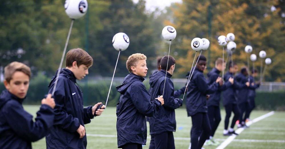 Les jeunes du FC Metz utilisent Senseball
