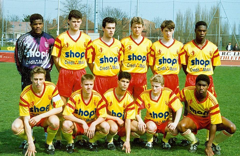 Robert, en bas à droite, aux côtés de futurs champions de France 1998 comme F.Déhu ou W.Eloi