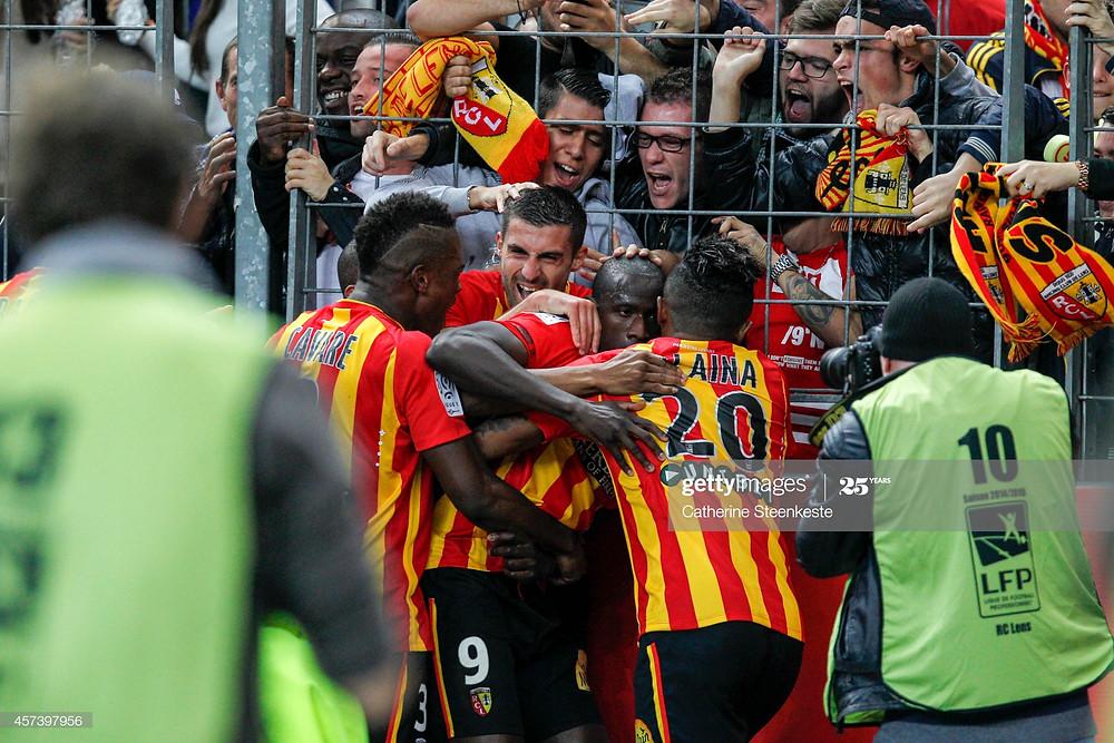 Adamo Coulibaly, Pierrick Valdivia, Dimitri Cavaré et Lalaina Nomenjanahary fêtent l'ouverture du score du numéro 9 au Stade de France contre le PSG - Getty Images