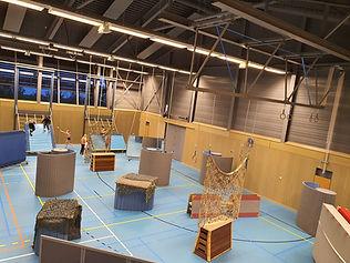 Lasergame in een gymzaal