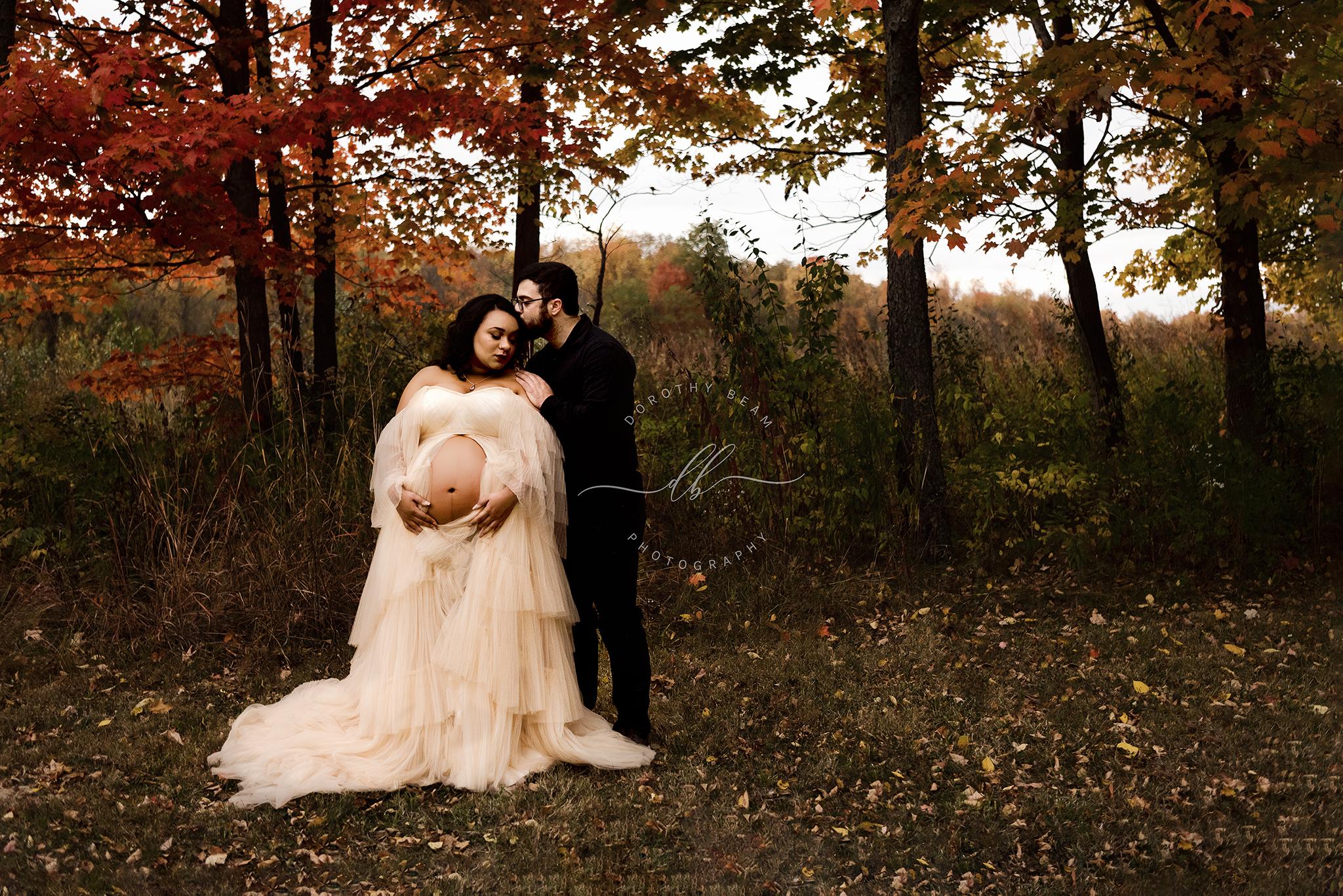 Maternity Couple Open Belly Fall Dress O