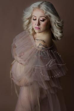 Maternity Mom to Be Fine Art Studio Dayton Ohio Photographer