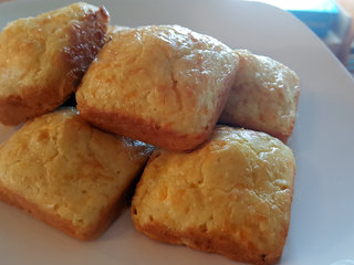 Low Carb Cheesy Biscuits