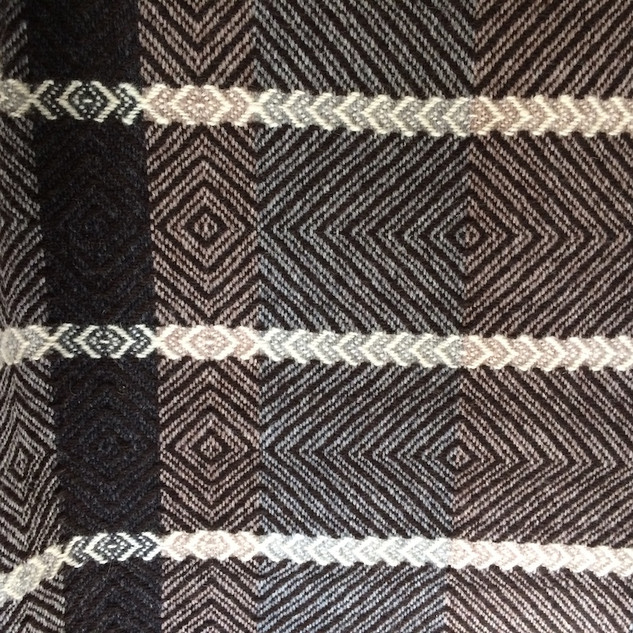 B156 | 100% wool (~50% handspun)