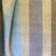 B162 | NEW | 50% wool, 50% handspun wool/mohair