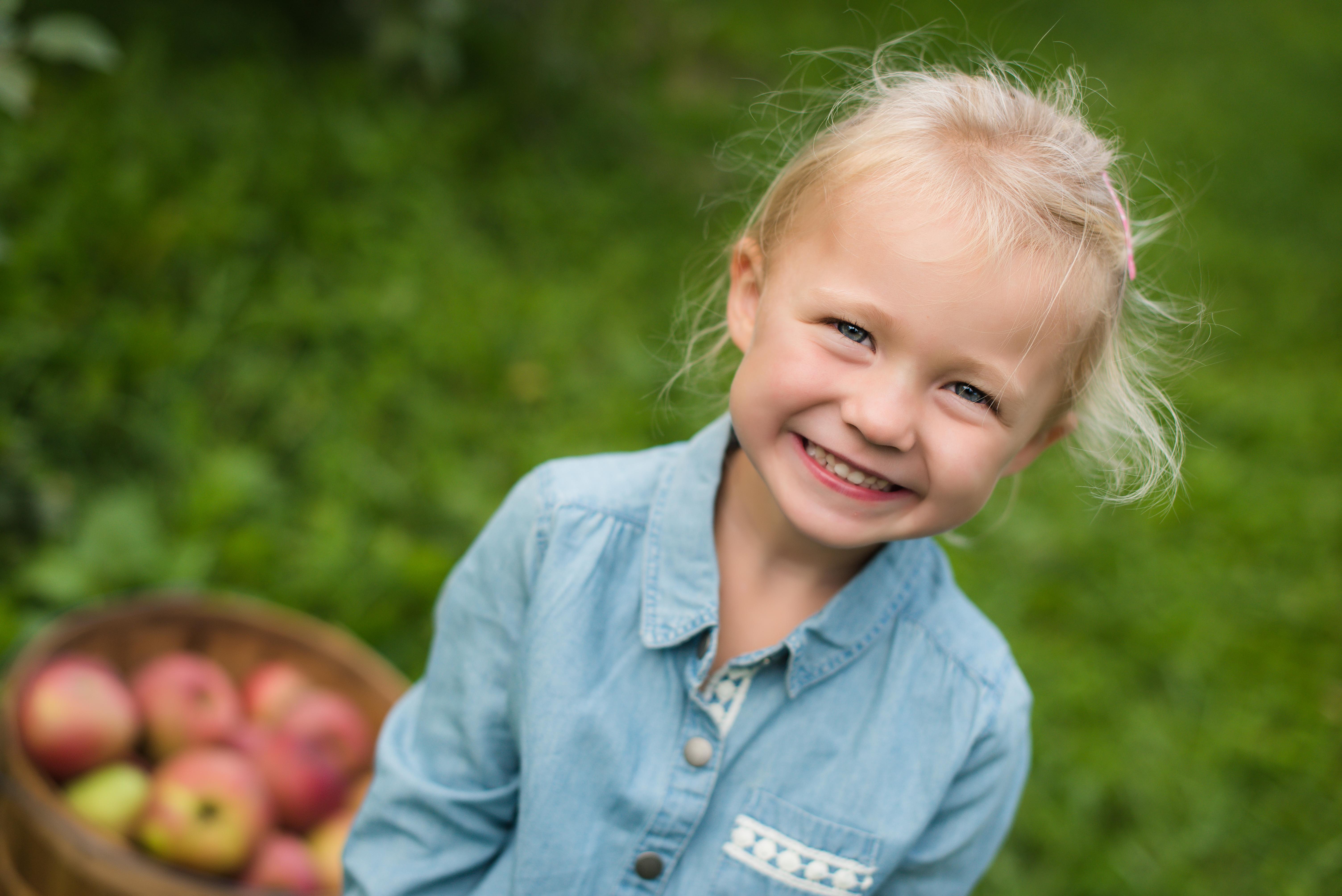 family kid baby photography twin cities farmington minnesota (2)