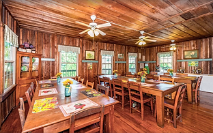 Dining room at Providence Lodge and Gallery