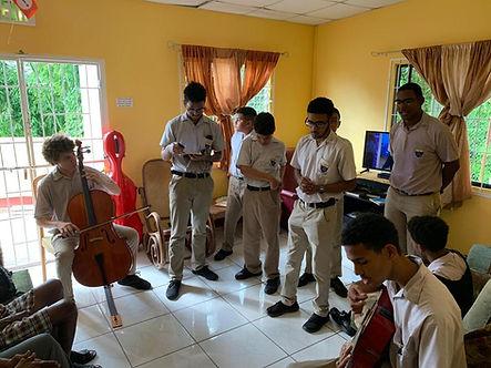 prayer group 1.jpeg
