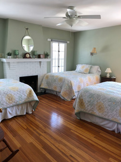 3-Bed Clarity Room