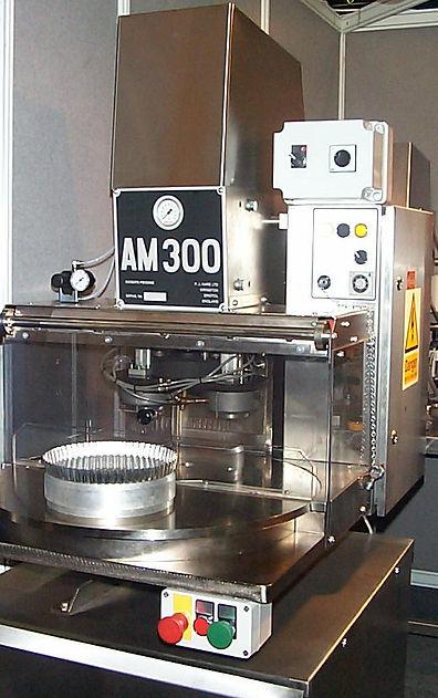 Formadora  Bases  Tartas   mod. AM300-Gi