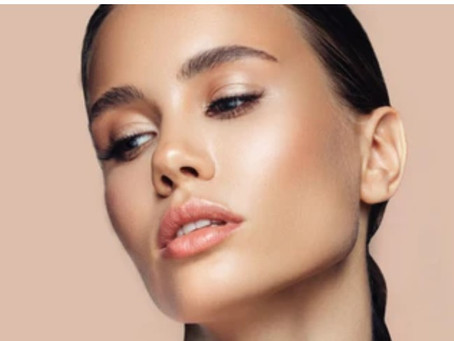 STROBING IS THE NEW CONTOURING