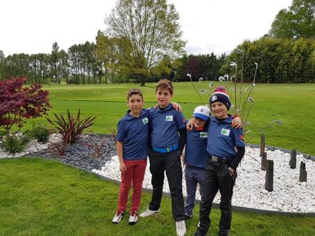 Les petits golfeurs