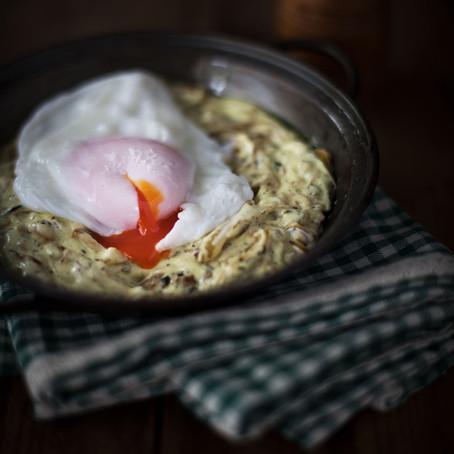 Caramelise Onion, Fenugreek & Yoghurt with Poached Egg (Eshkeneh)