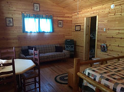 Glamping Cabin very comfortable Queen Size Bed, Fold Down Full Size Futon, Twin Bunk-bed within cabin. Wifi, Ceiling Fan