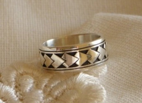 Spearhead ring