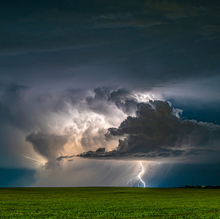 Lightning on the Eastern Plains