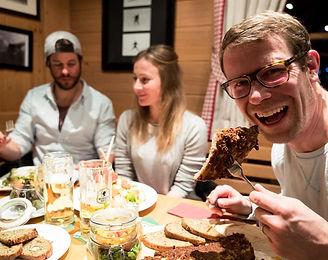 schroecken-restaurant-bar-holzschopf-nes