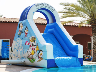 Top 5 Pool Party Rentals That You'll Definitely Need for Your Pool Party