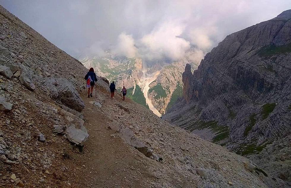 travesías de montaña y trekkings internacionales abisme