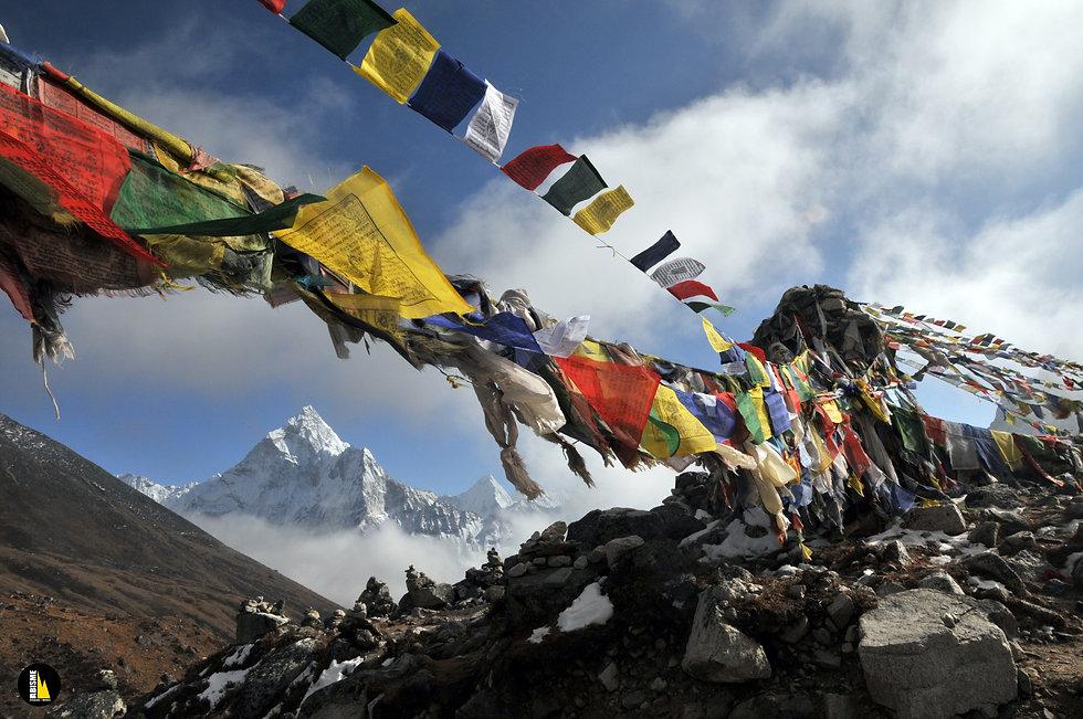 trekking nepal montañismo abisme