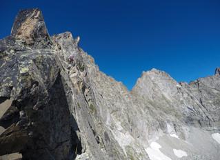 Arista Ferbos al Trois Conseillers (3039 m) y cresta de Trois Conseillers al Néouvielle (3091m)