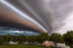 Epic shelf cloud in Winfield, KS