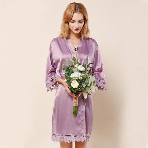 Mauve Lola Satin Lace Robe With Personalisation ★