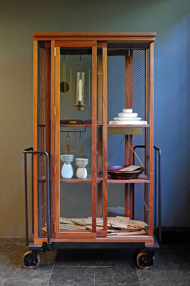 neri-and-hu-a-cabinet-of-curiosity-for-s