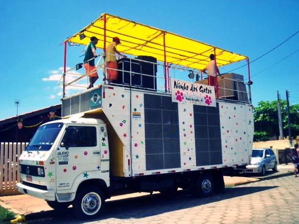 Trio Elétrico Audio Vip Caminhão de Som Curitiba