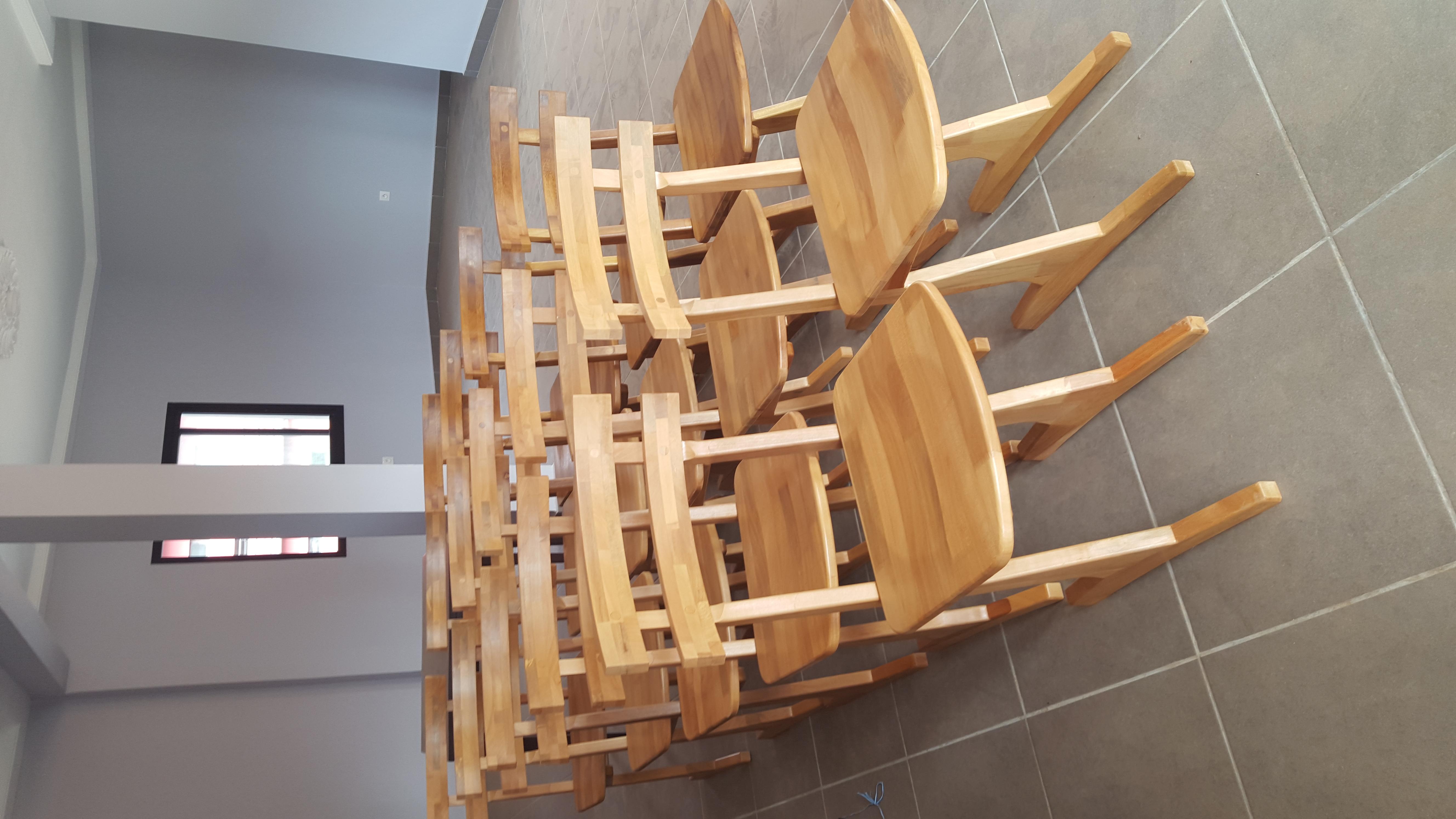 Série de chaises