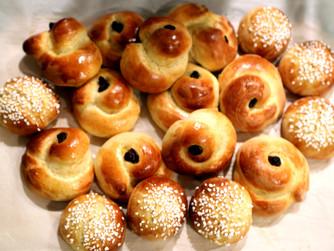 Swedish Saffron Buns: A Christmas Recipe For The Non-Baker