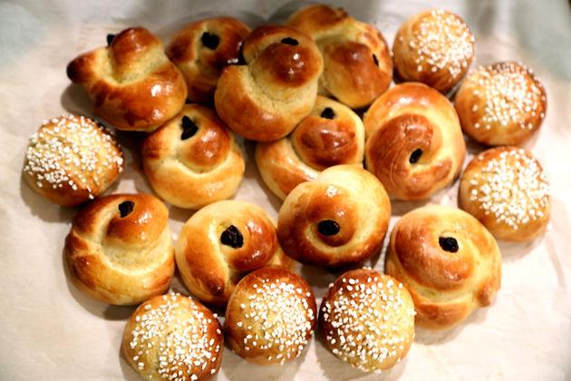 Swedish Christmas Bread.Swedish Saffron Buns A Christmas Recipe For The Non Baker