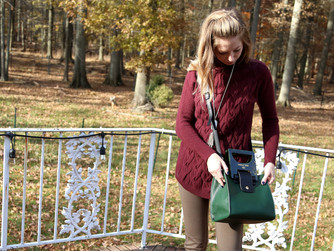 How To Dress Chic For The Holidays