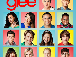 "Laura plays ""Brooklynite"" on Glee"