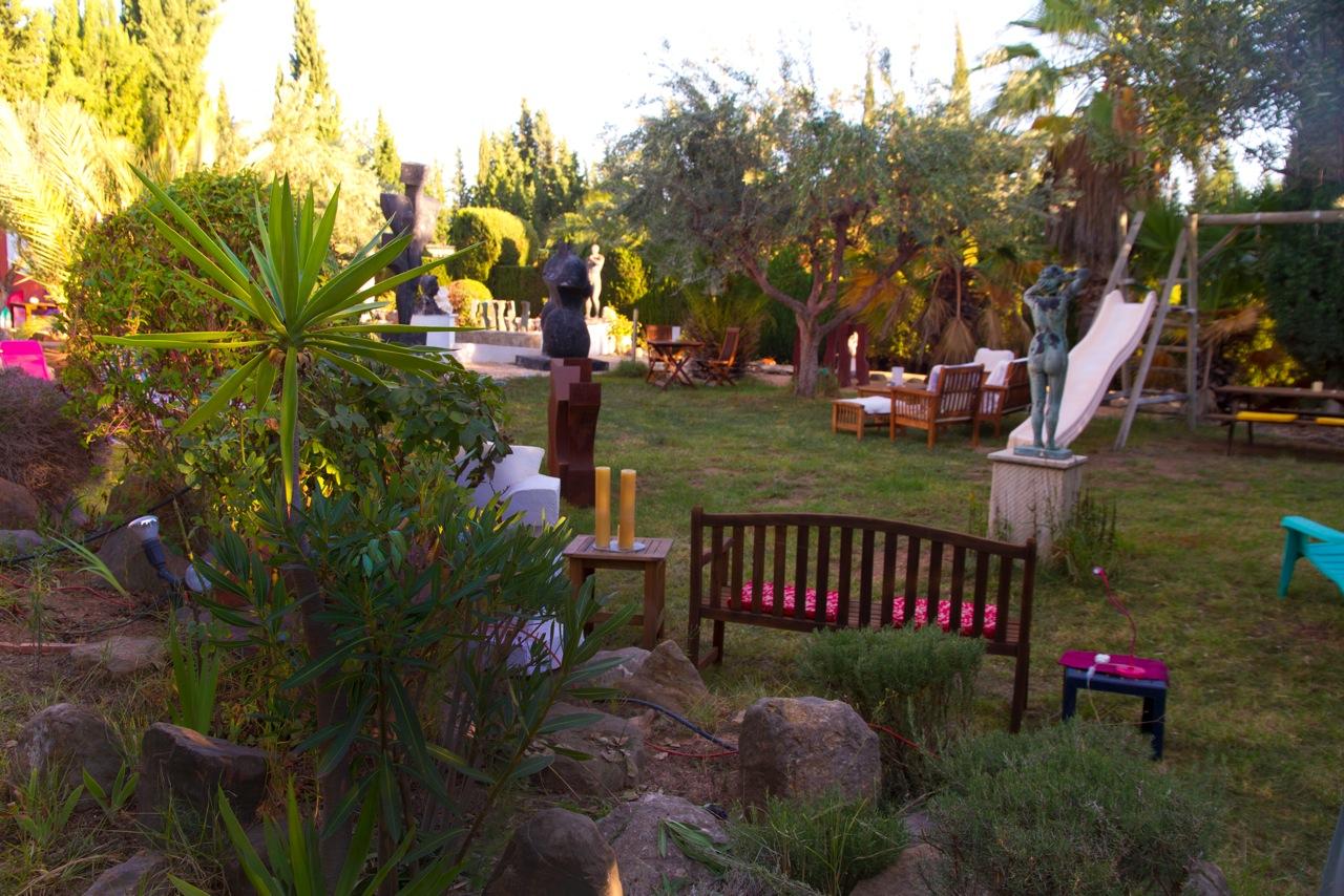 casa_jardin_noche_017