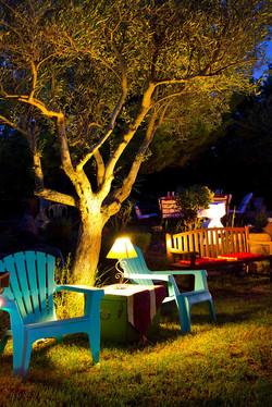 casa_jardin_noche_004