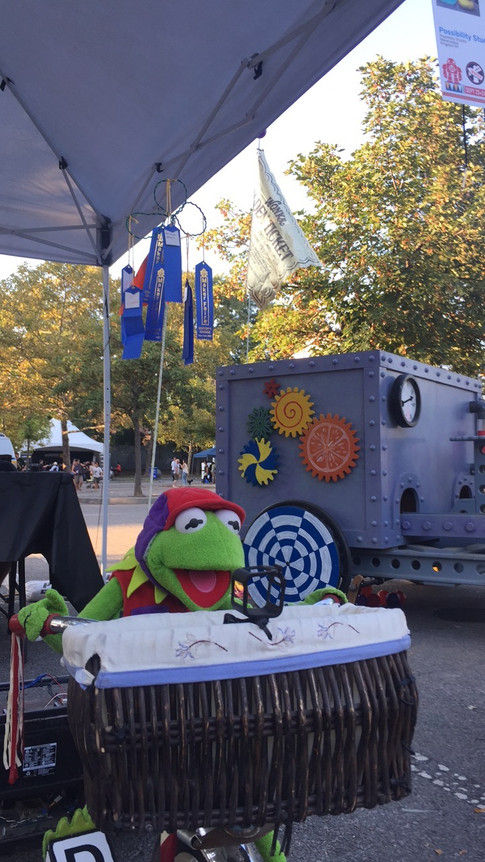 Kermit and his ribbons!
