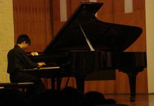 Billy Mo recital.jpg